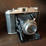 アンティーク蛇腹カメラや二眼レフ、写真館にあるカメラやスパイカメラは高価買取致します