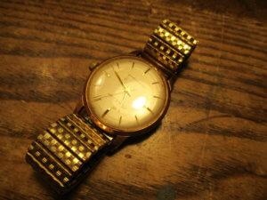 アンティーク腕時計買取ります