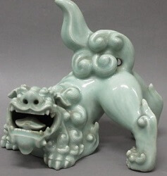 鍋島青磁獅子